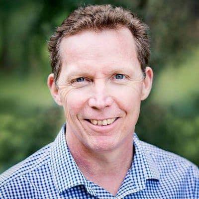 Dr Gary Fettke orthopaedic surgeon