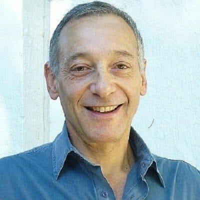 Dr Daniel Lewis